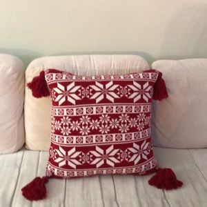Christmas red/ white decorative pillow